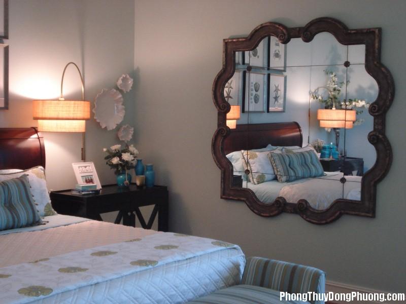 đặt gương phòng ngủ