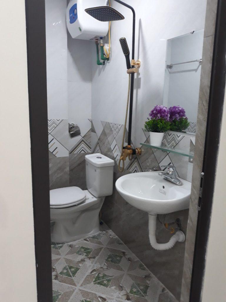 WC Chung cư mini Chùa Bộc